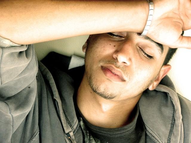 酒による頭痛を速攻解消するための5つの対処法