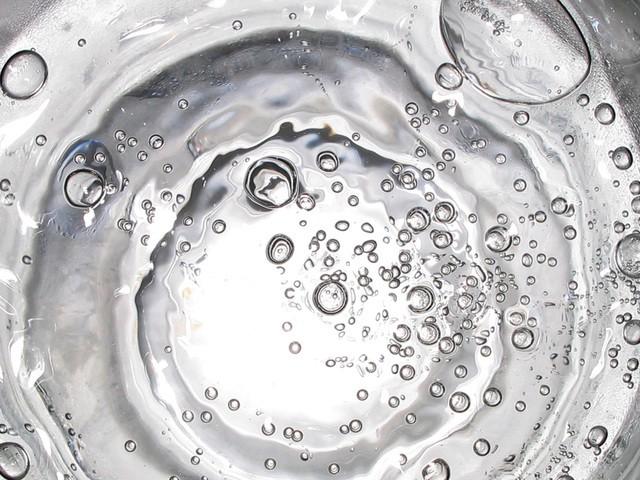 水分の取りすぎが引き起こす怖い症状と対策法5つ