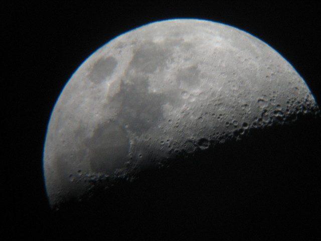 ボイドタイムとは?月のパワーで運を引き寄せる5つの方法
