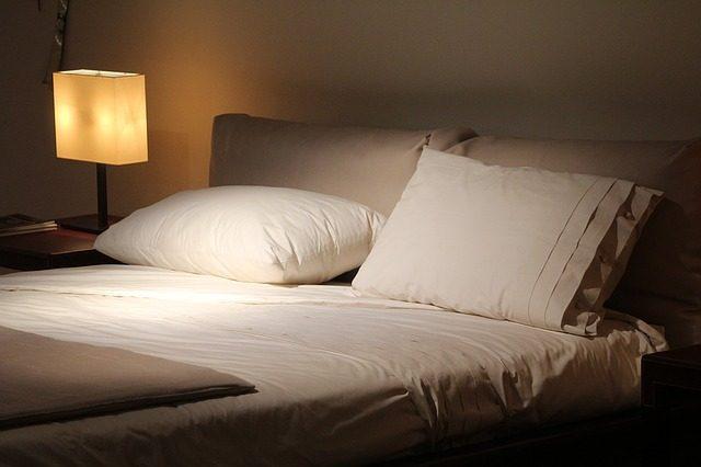北枕で敢えて寝て風水パワーで金運を引き寄せる5つの方法