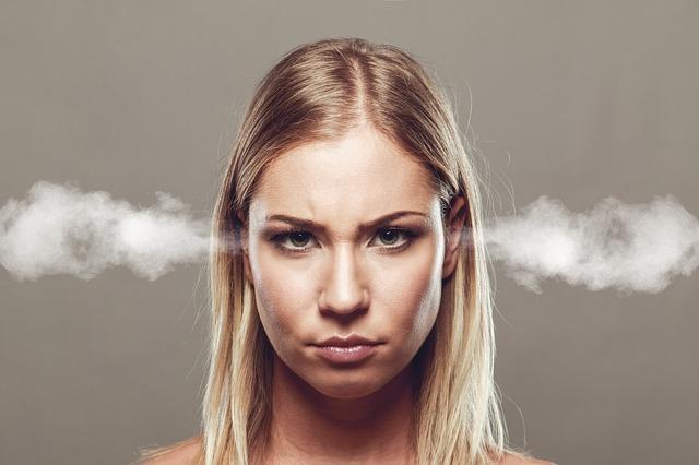 感情の起伏が激しい人の7つの特徴と上手く付き合う方法