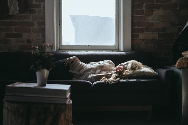 睡眠学習の本当の効果と実践するための5つの方法