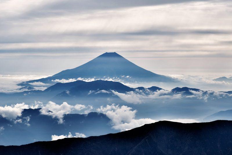 イルミナティカードが予言する悲惨な日本の行く末
